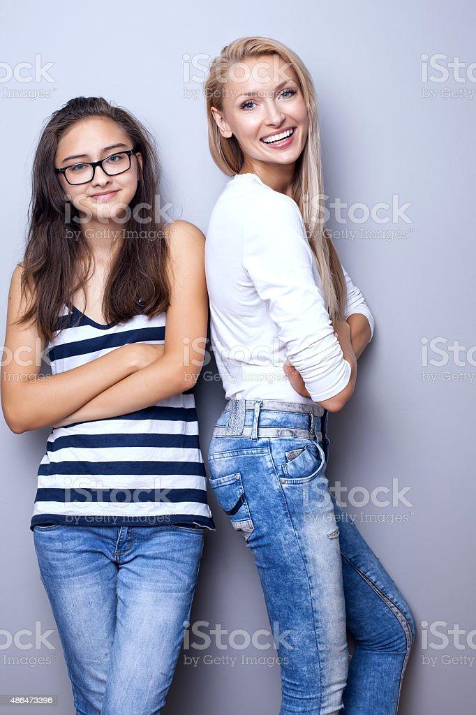 Молодые девушки в позах фото 53-823