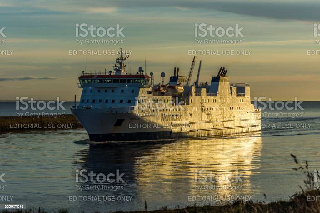 Ferray arrives at Aberdeen harbour. stock photo