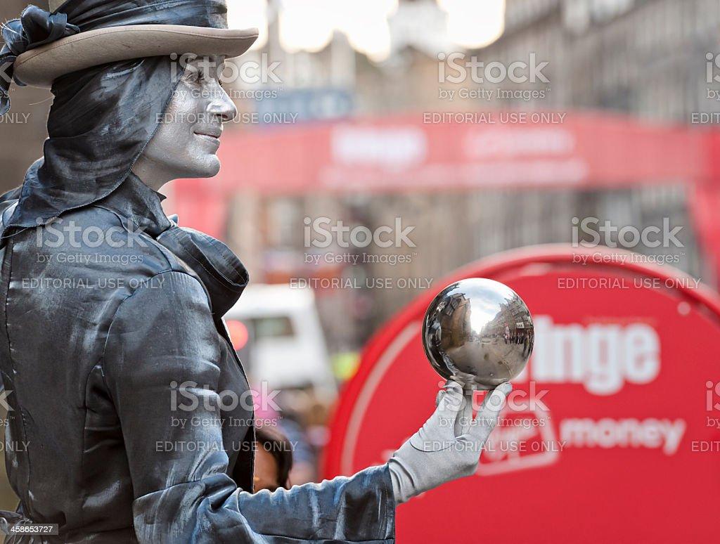 Festival Street Performer on Edinburgh's Royal Mile royalty-free stock photo