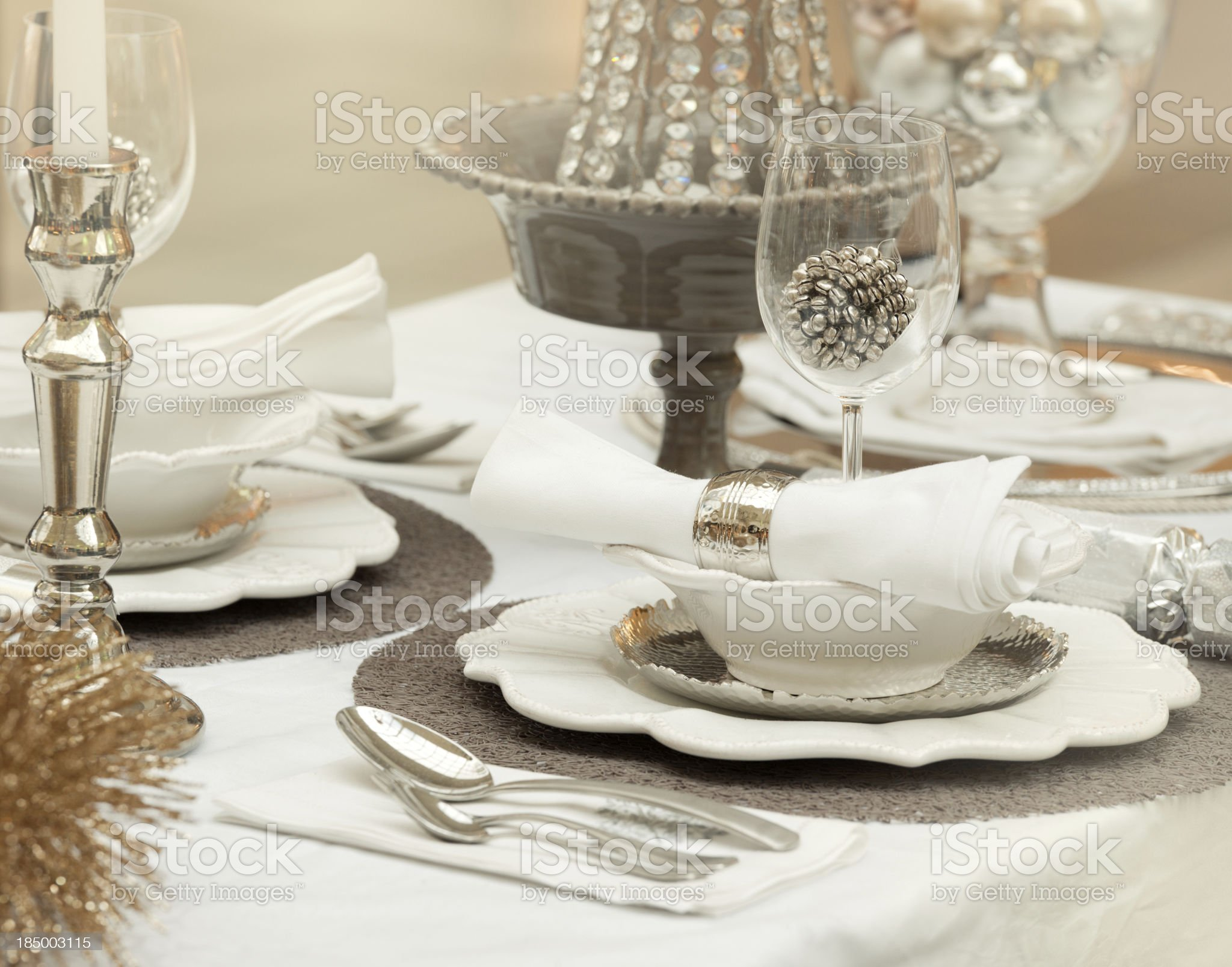 Festive decorated Dining Table (XXXL) royalty-free stock photo