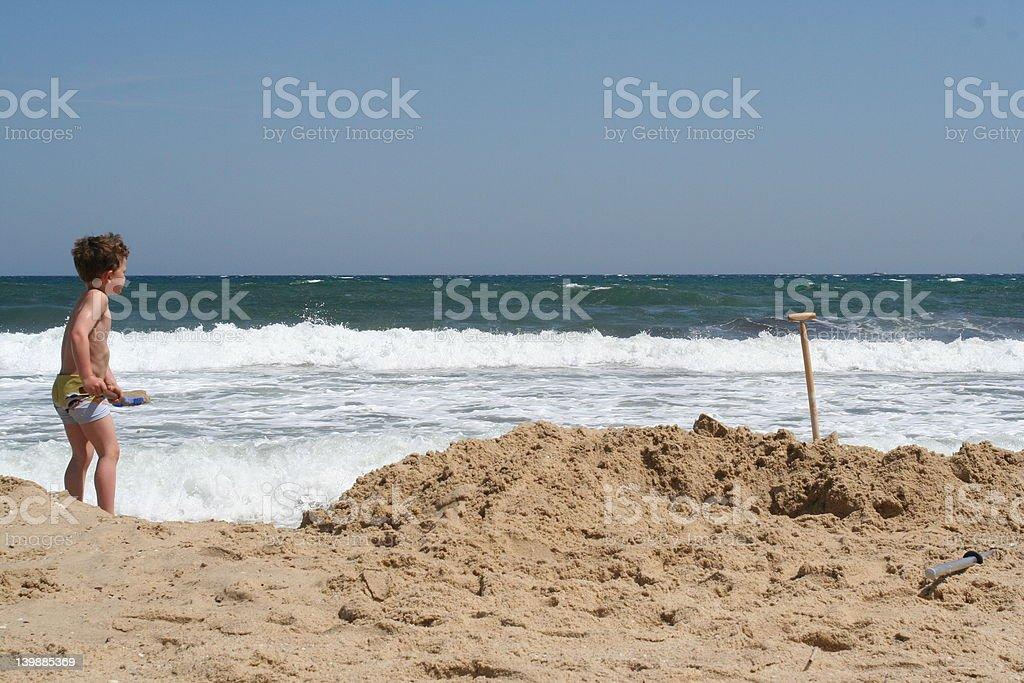 Lucha contra el mar foto de stock libre de derechos