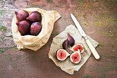 Figs in a bag
