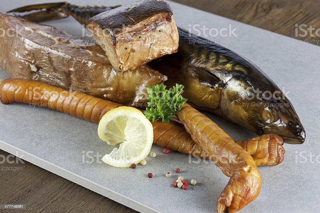 fischplatte mit r?ucherfisch stock photo