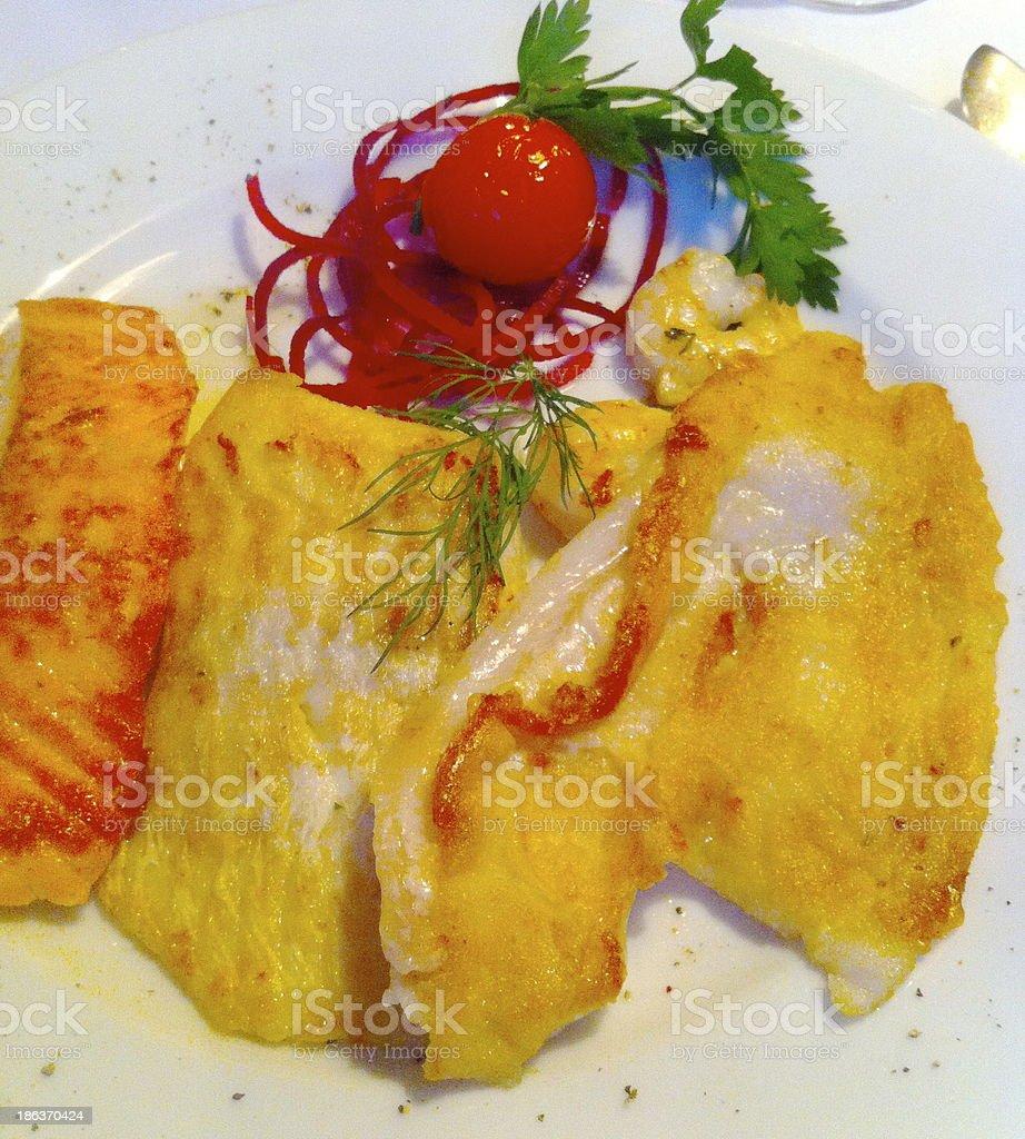 Fischteller, Fischgericht, Fischessen, Panisch, fish fillet royalty-free stock photo