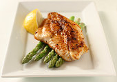 fish fillet with asparagus and lemon