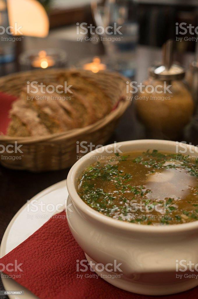Zuppa di pesce e pane foto stock royalty-free