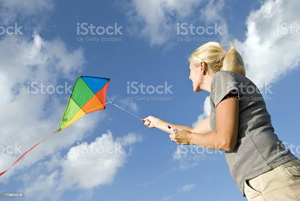 Fliegen ein Kite Lizenzfreies stock-foto