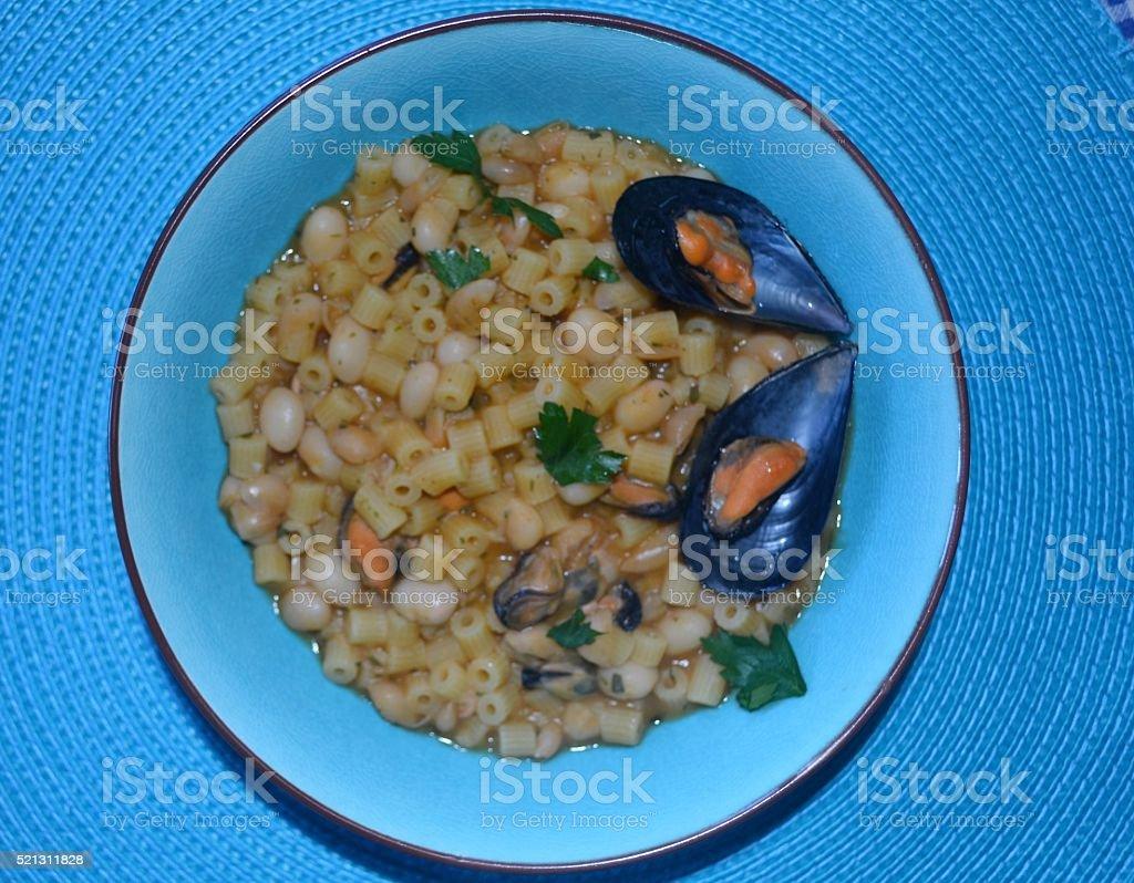 Food. Pasta e fagioli con le cozze stock photo