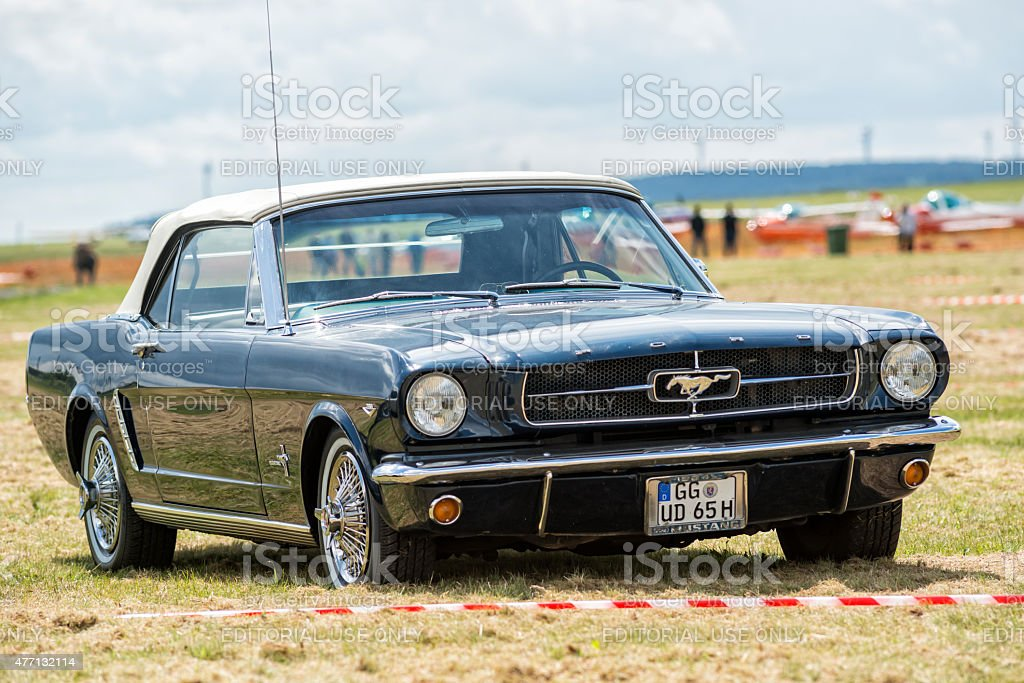 Ford Mustang 289 cui stock photo