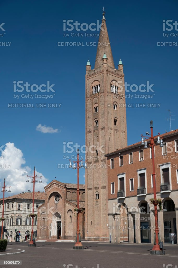 Forli (Italy): Aurelio Saffi square with church of San Mercuriale stock photo