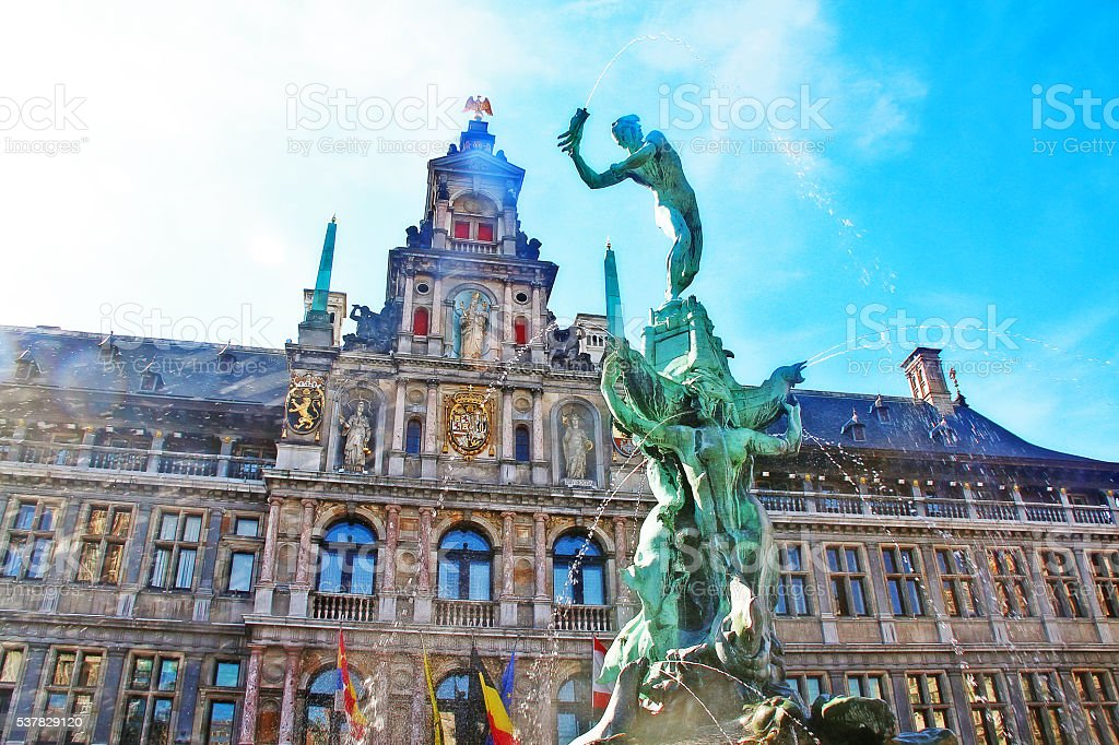 Fountain statue of Brabo and Antwerp city hall, Belgium stock photo