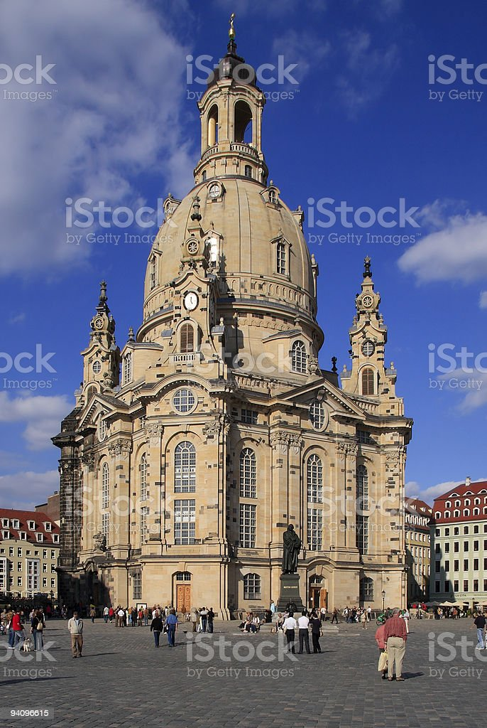 Frauenkirche in Dresden mit Martin Luther stock photo