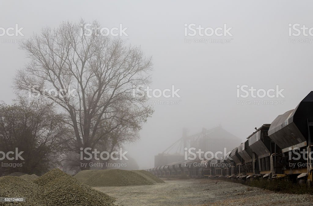 tren de carga stock photo