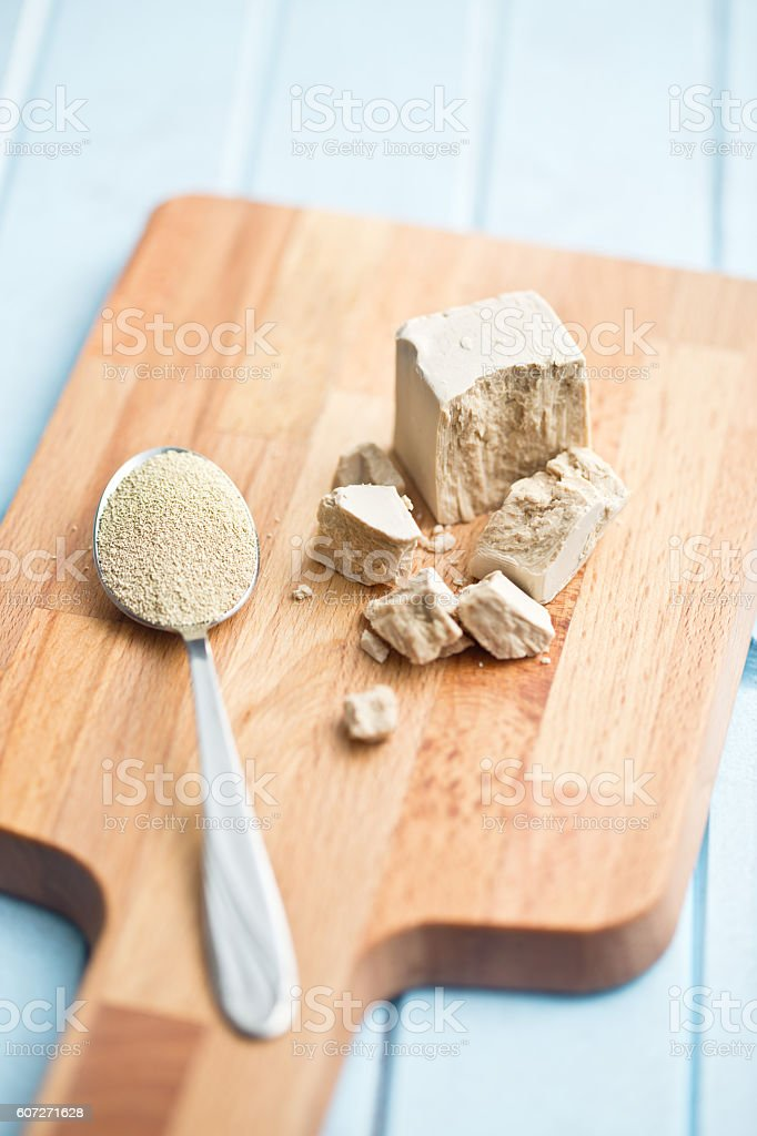 fresh and dry yeast stock photo