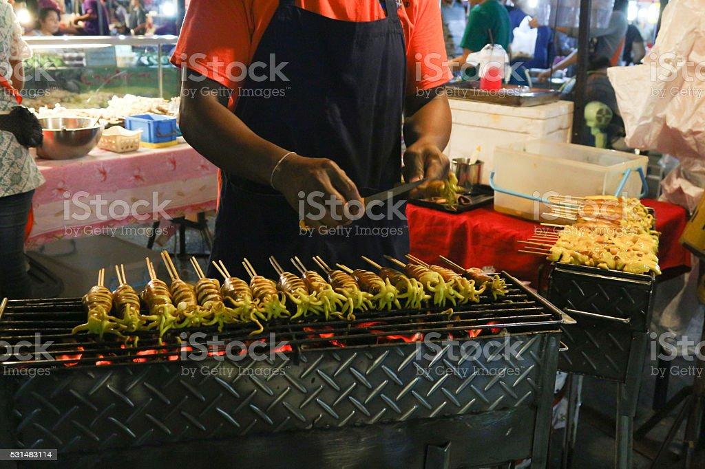 Свежие приготовленные на гриле кальмар Стоковые фото Стоковая фотография