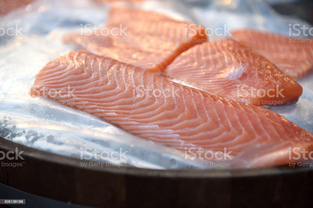 Du saumon cru photo libre de droits