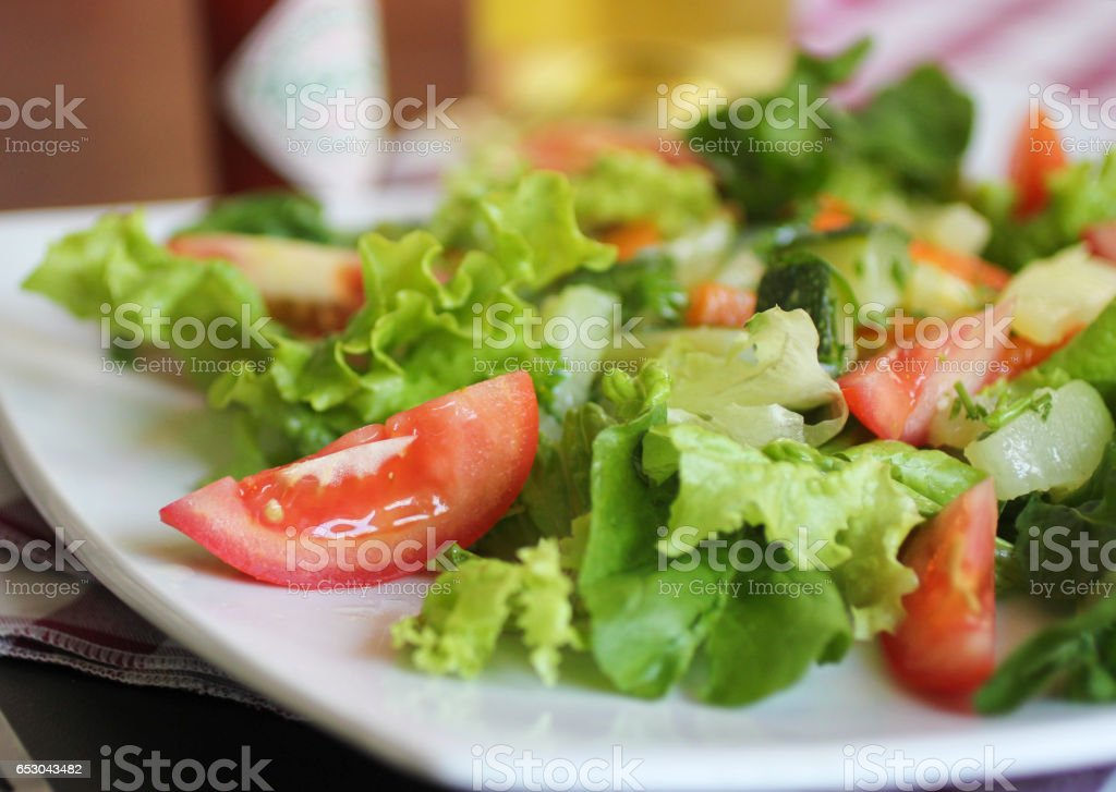 Fresh salad, tomatoes, lettuce, carrot. Salada verde, saudável. stock photo