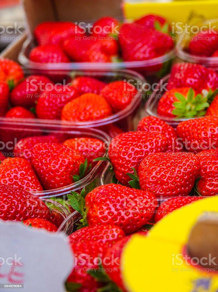Frische Erdbeeren in eine Schüssel  Lizenzfreies stock-foto