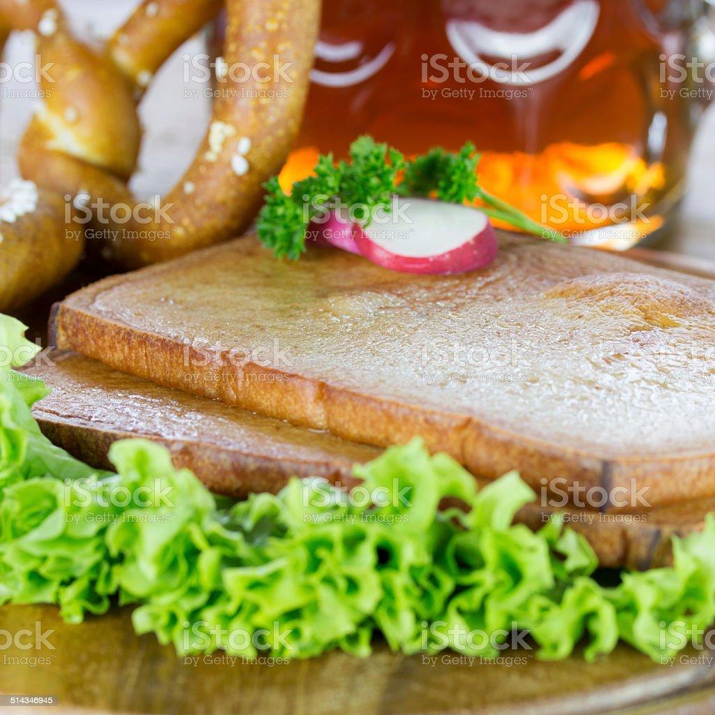 frisch gebackener Fleischk?se stock photo
