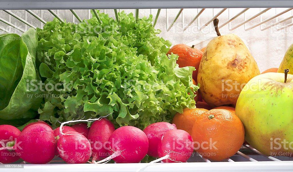 Obst und Gemüse in den Kühlschrank Lizenzfreies stock-foto