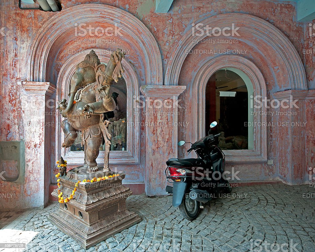 Ganesh and gears, Fort Kochi - Cochin, India stock photo