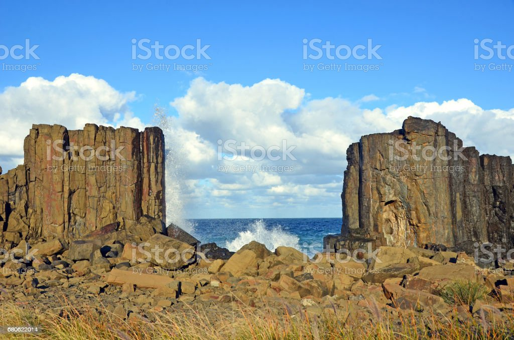 Gap between basalt columns at Bombo headland stock photo
