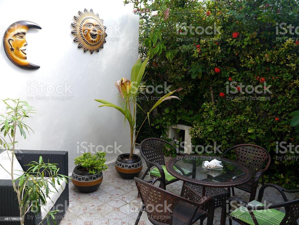 Garten, Gartengestaltung, Sommer, Pflanzen, Blumen, Haus stock photo