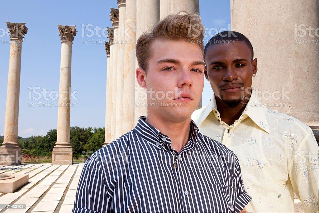 Парень ищет гея фото 193-900