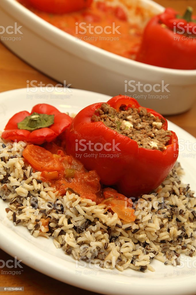 Gefüllte Paprikaschote mit Hackfleisch und Reis stock photo
