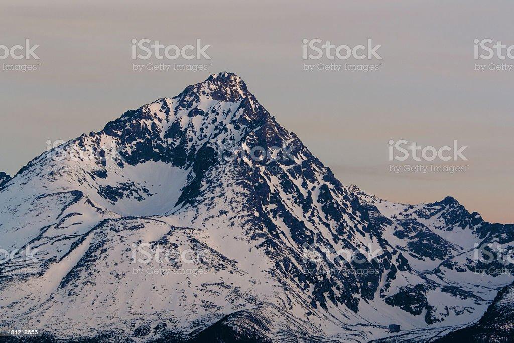 Gerlachovsky Stit en crepúsculo foto de stock libre de derechos