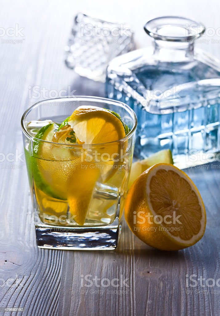 gin with tonic stock photo