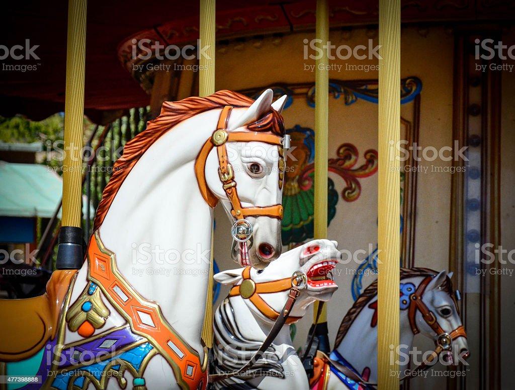 giostra di cavalli stock photo
