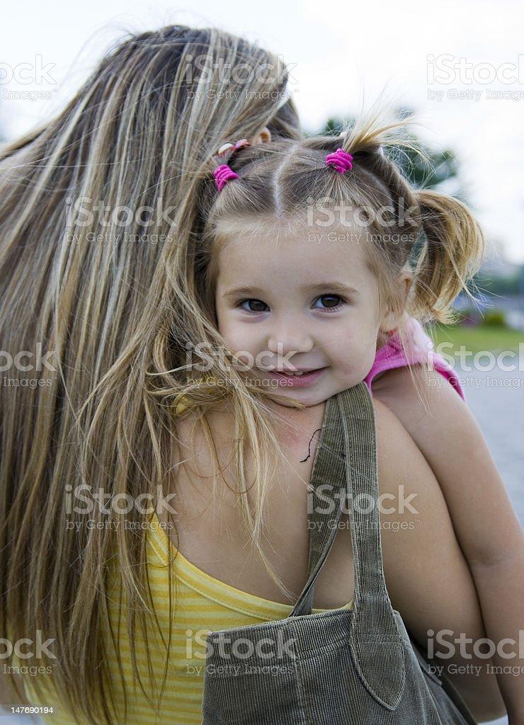 Mädchen und Mutter Lizenzfreies stock-foto