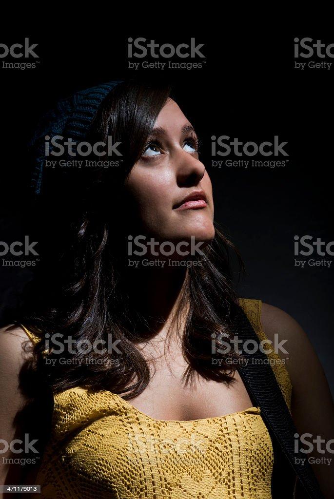 Mädchen im Scheinwerferlicht Lizenzfreies stock-foto