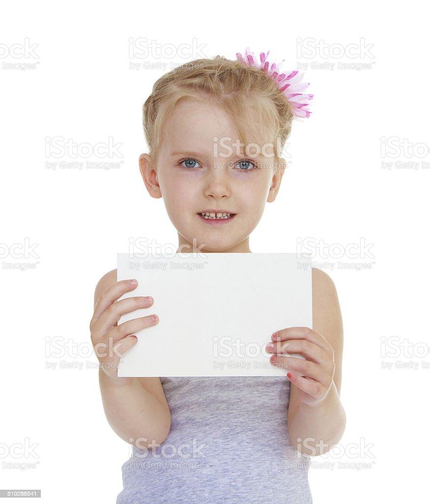 Fille avec une enveloppe photo libre de droits