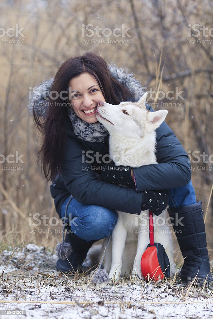 Mädchen mit Ihrem Hund Lizenzfreies stock-foto