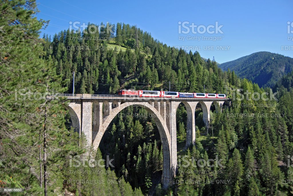 Glacier Express on the Wiesen viaduct stock photo