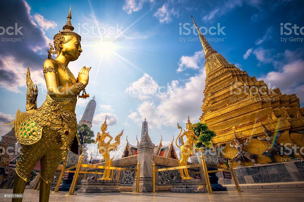 Golden Angel (Ki-nara) with Wat Pra Kaew, Grand Palace stock photo