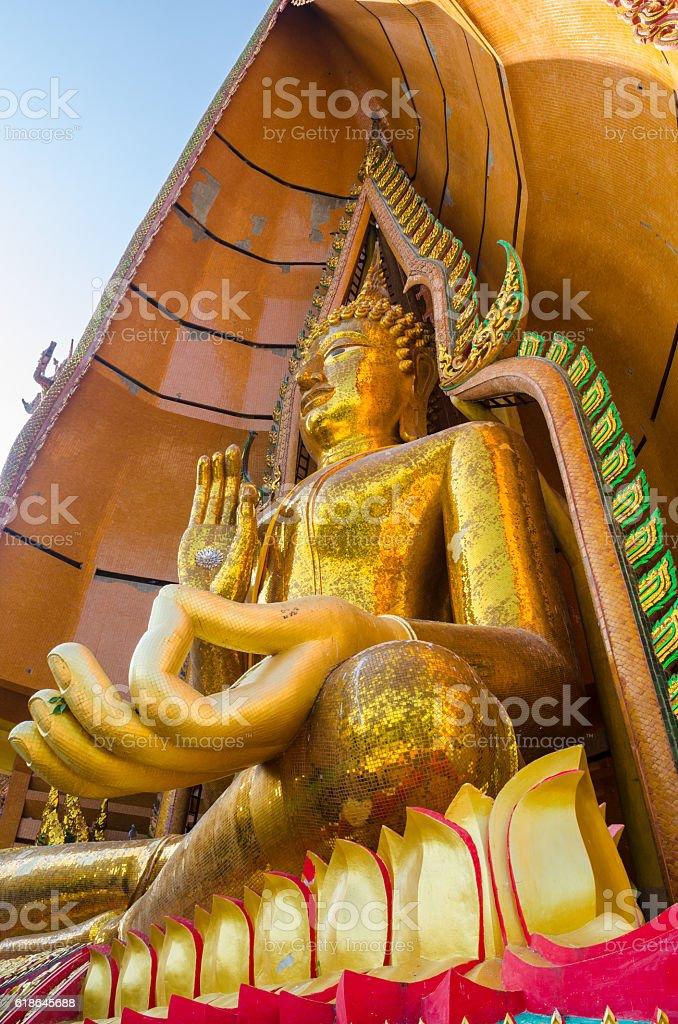 golden buddha statue at Wathumsua stock photo