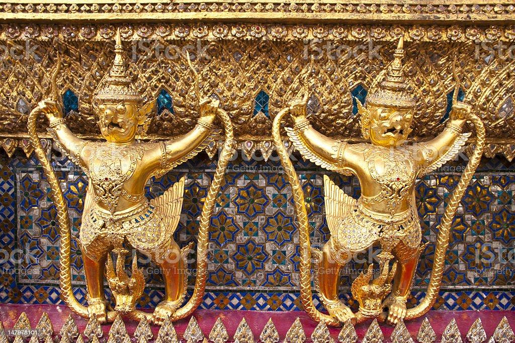 Golden garuda w Wat phra kaew), Bangkok, Tajlandia zbiór zdjęć royalty-free