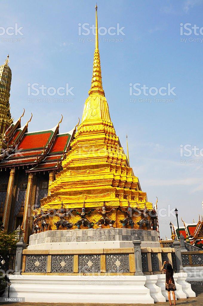 Golden pagoda w wat phra kaew zbiór zdjęć royalty-free