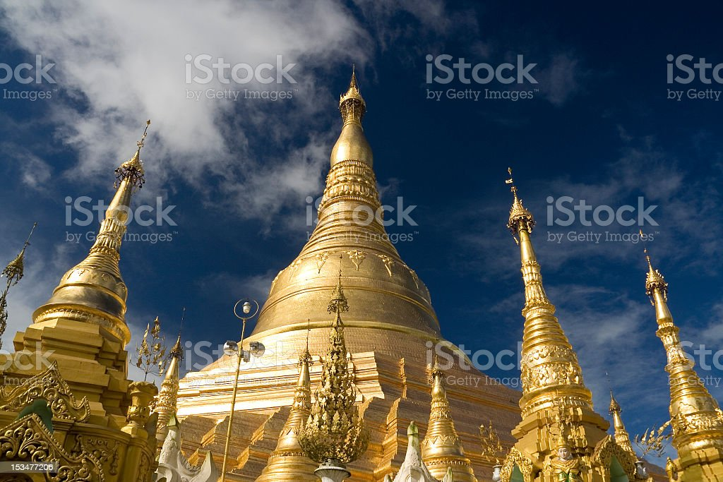 Golden tops of the roof of Shwedagon pays royalty-free stock photo