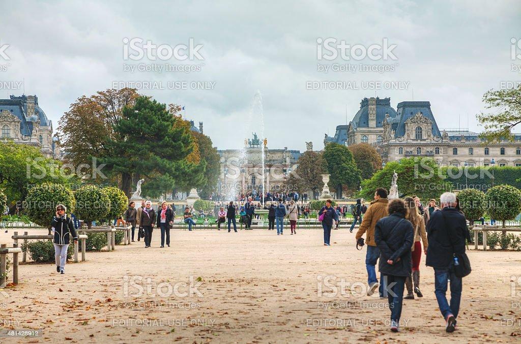 Grand Bassin Rond and Arc de Triomphe du Carrousel stock photo
