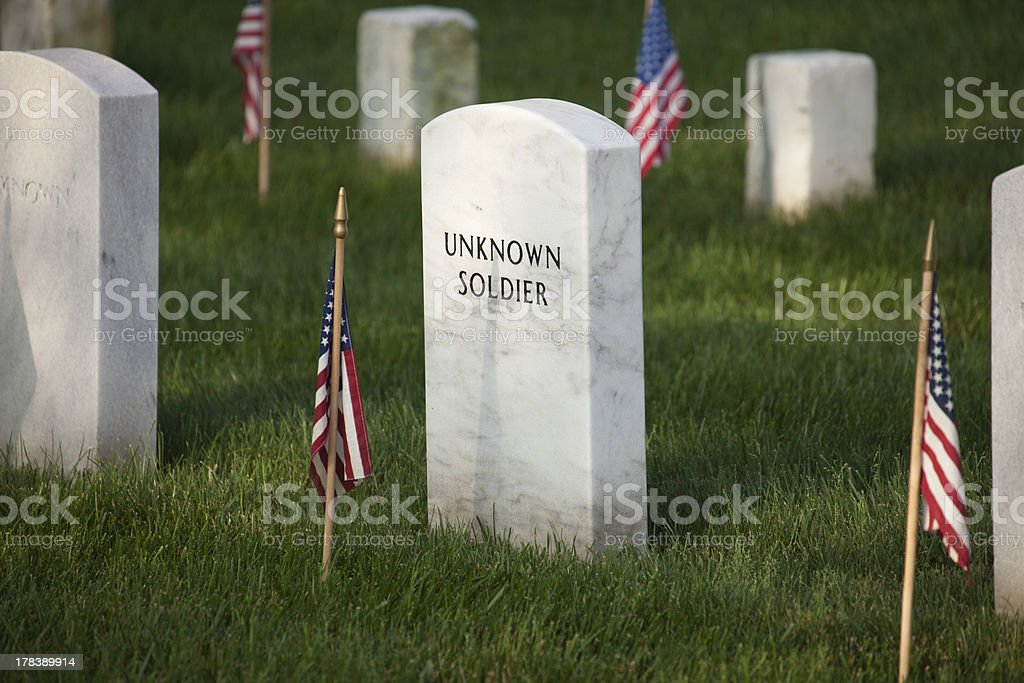 Gravemarker of an unknown soldier in Arlington National Cemetery royalty-free stock photo