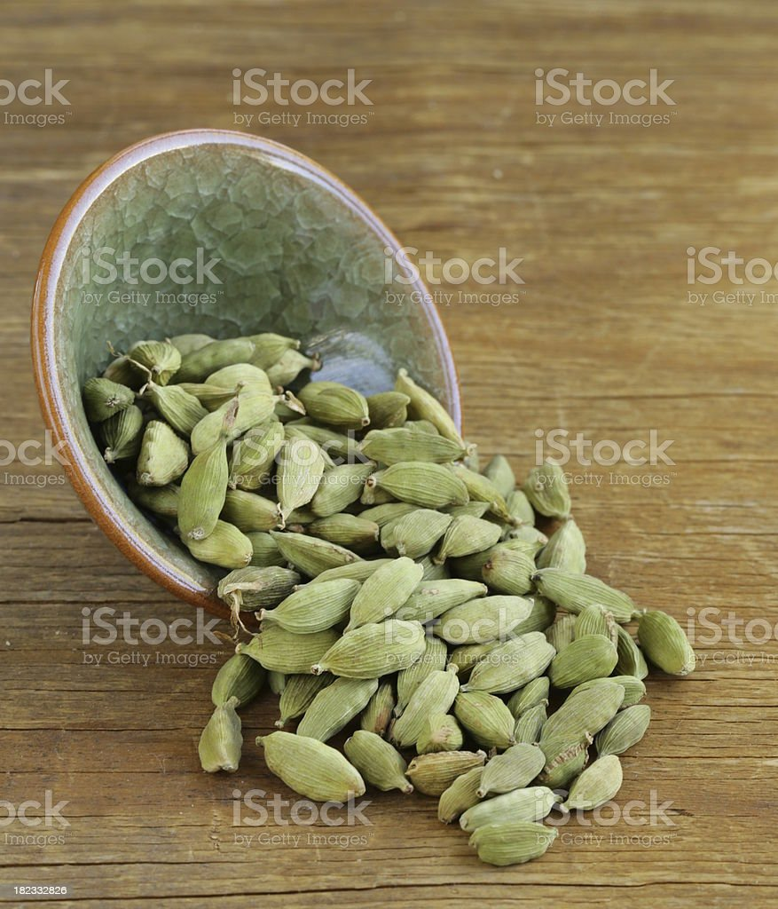 green cardamom pods spice - aromatic seasoning for food royalty-free stock photo