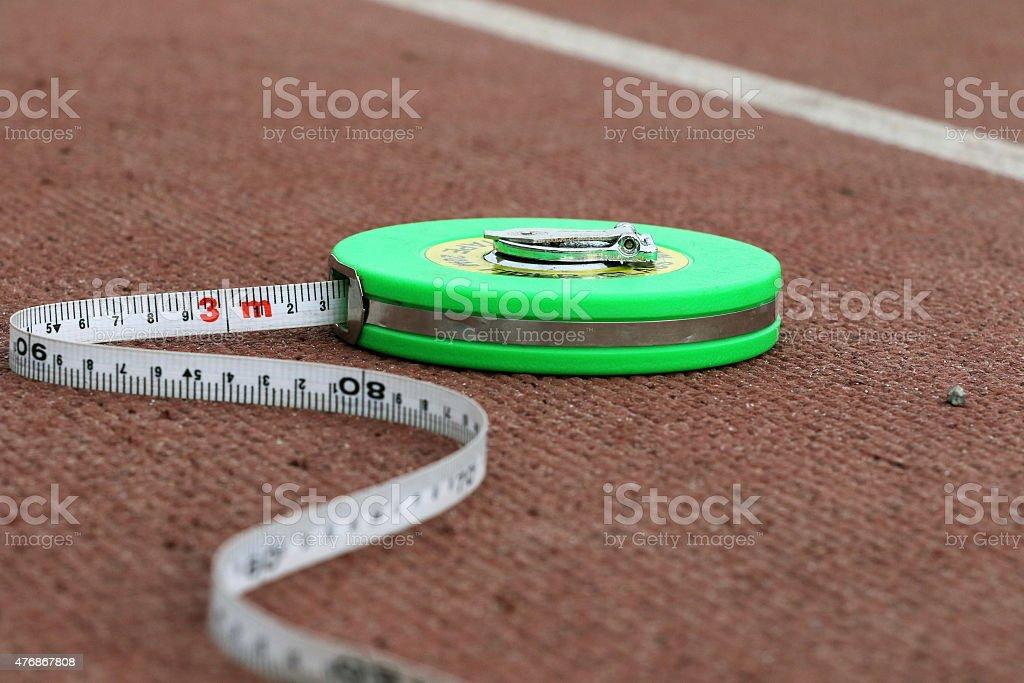 초록색입니다 줄자 라잉 빨간색 실행 트랙형 종합경기장 royalty-free 스톡 사진