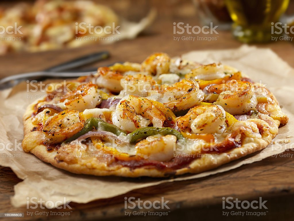 Grilled Shrimp and Roasted Pepper Pizza royalty-free stock photo