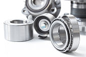 Group bearings and rollers (automobile components)