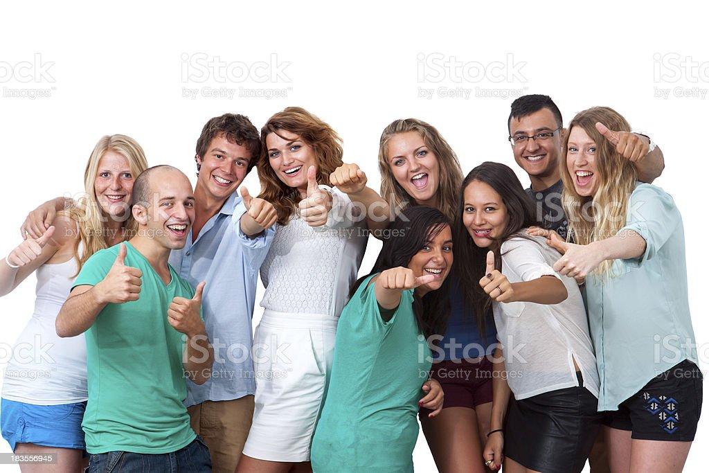 Groupe d'étudiants faisant des pouces. photo libre de droits
