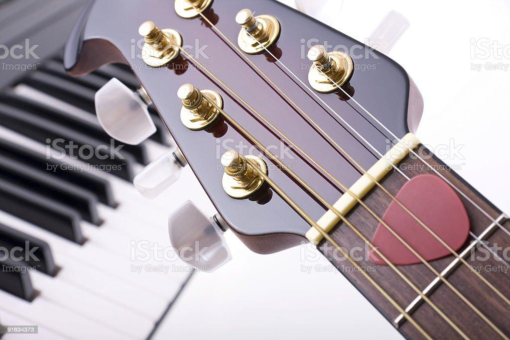 Гитара и Фортепиано Стоковые фото Стоковая фотография